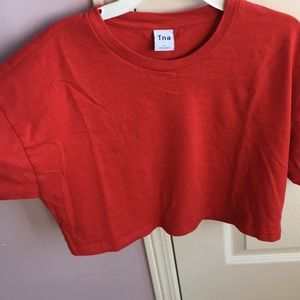 Cute cropped red t-shirt from Aritzia
